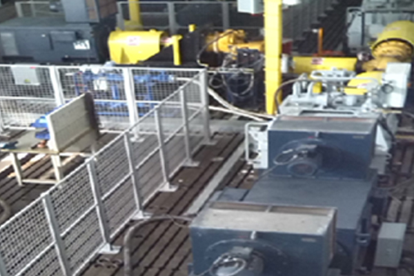 T型试验台